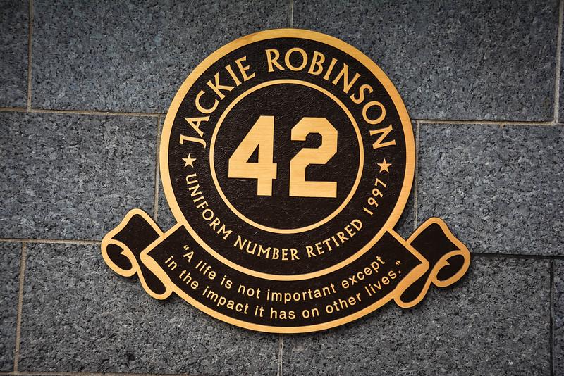 jackie robinson yankees