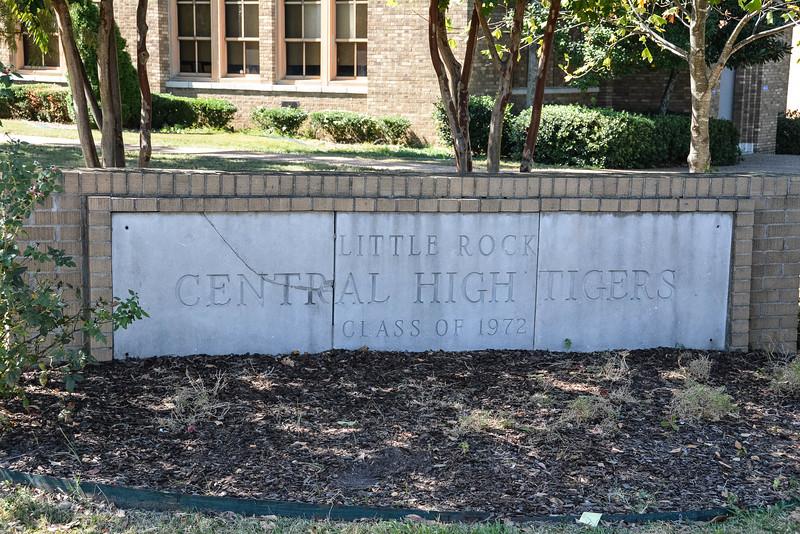 desegregation of central high school little rock