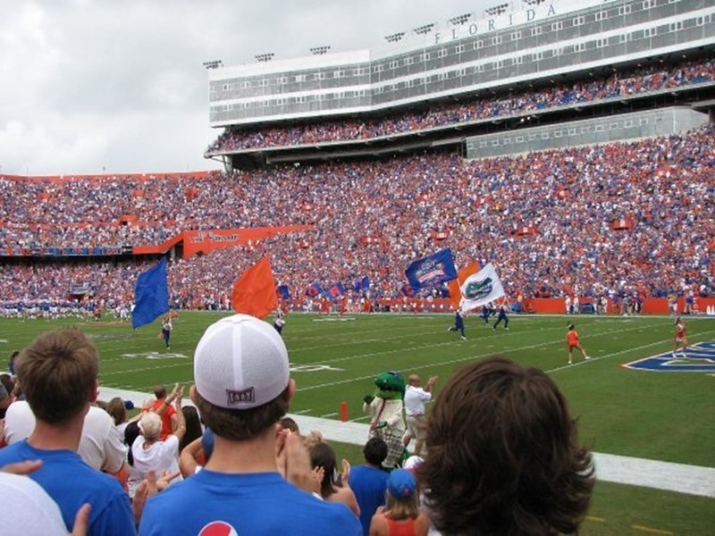 gators football sporting event